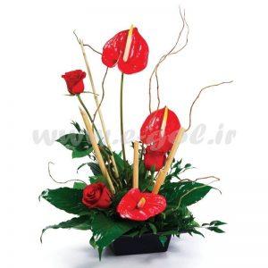 سبد گل رز و آنتوریوم