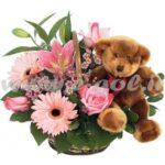 سبد گل و عروسک