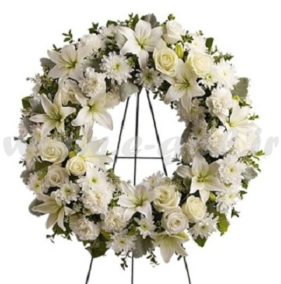 تاج گل ماه سفید